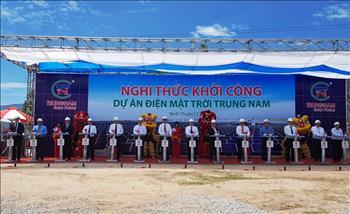 Khời công dự án nhà máy điện mặt trời Trung Nam tại Ninh Thuận