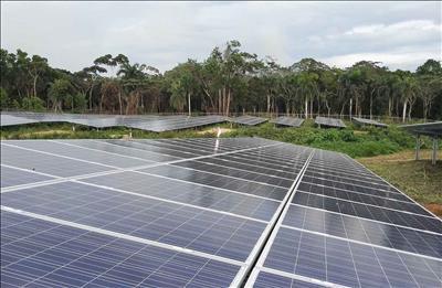 Tây Ninh chú trọng phát triển các dự án điện mặt trời
