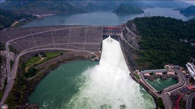 Thủy điện Hòa Bình hoàn thành kế hoạch năm 2018 sớm hơn 2 tháng