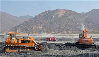 Bộ Khoa học và Công nghệ công bố tiêu chuẩn quốc gia về tro xỉ nhiệt điện đốt than làm vật liệu san lấp