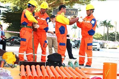 EVNNPC phát triển sửa chữa điện nóng tại nhiều tỉnh, thành