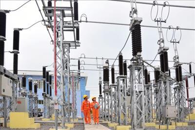 EVN có nhiều nỗ lực đảm bảo cung ứng đủ điện cho nền kinh tế