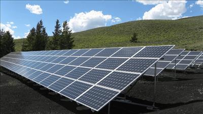 Bắc Kinh đặt mục tiêu năm 2030 sử dụng 35% năng lượng tái tạo