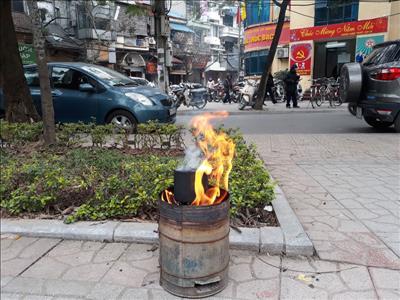 Hà Nội sử dụng trên 55.000 bếp than tổ ong
