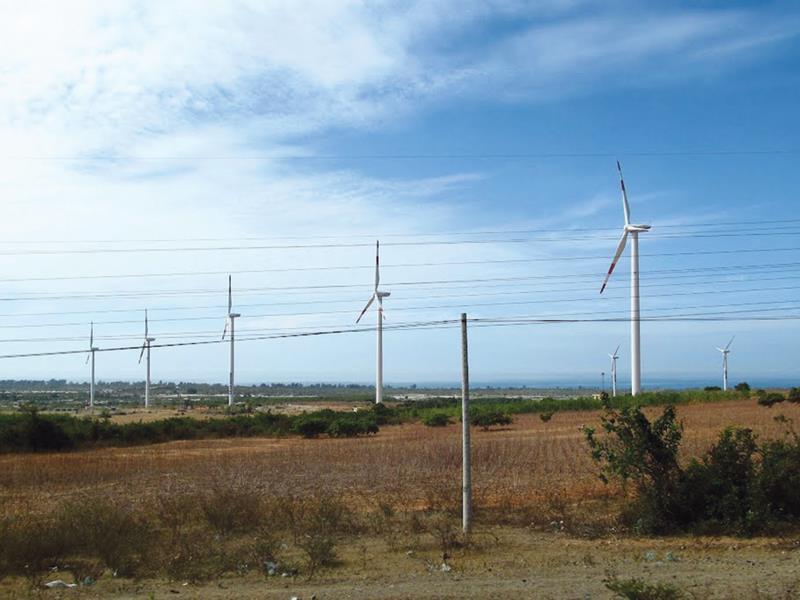 Quảng Bình khảo sát vị trí triển khai hàng loạt dự án điện gió