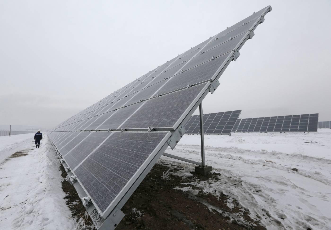 Nga triển khai dự án lắp đặt hệ thống lưu trữ năng lượng tại các nhà máy điện mặt trời ở vùng Siberia