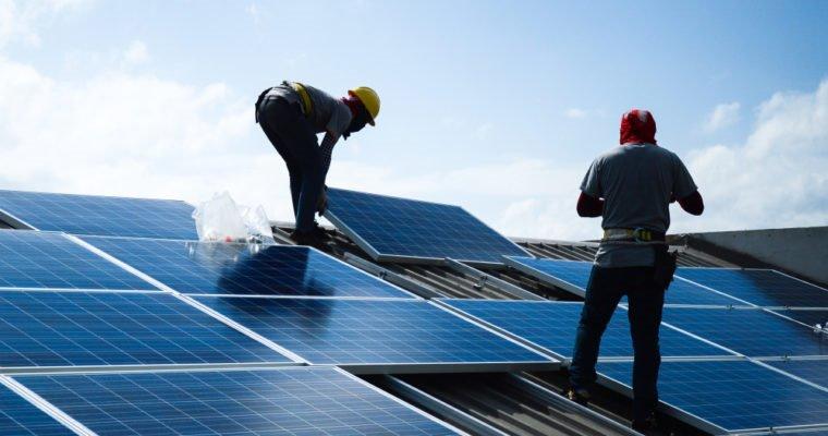 Thí điểm sử dụng pin năng lượng mặt trời chiếu sáng vùng nông thôn